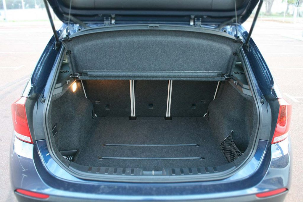 Boot space bmw x1